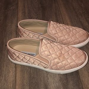 Steve Madden blush pink slip on shoe